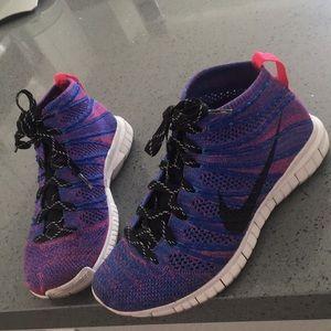 Nike Flyknit Chukka. Women's size 6
